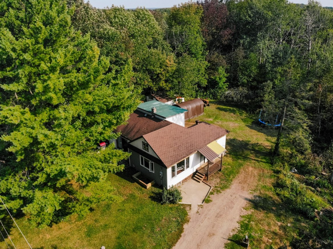 1038 Parish Line Road, Haliburton