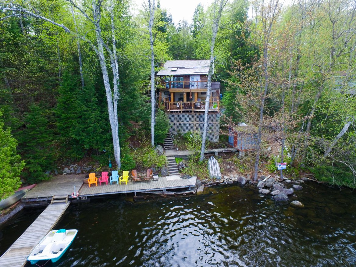 1057 Ernchen Lane, Drag Lake, Haliburton