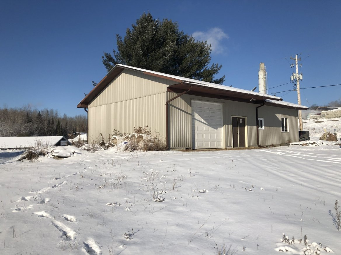 109 Industrial Park Road, Haliburton