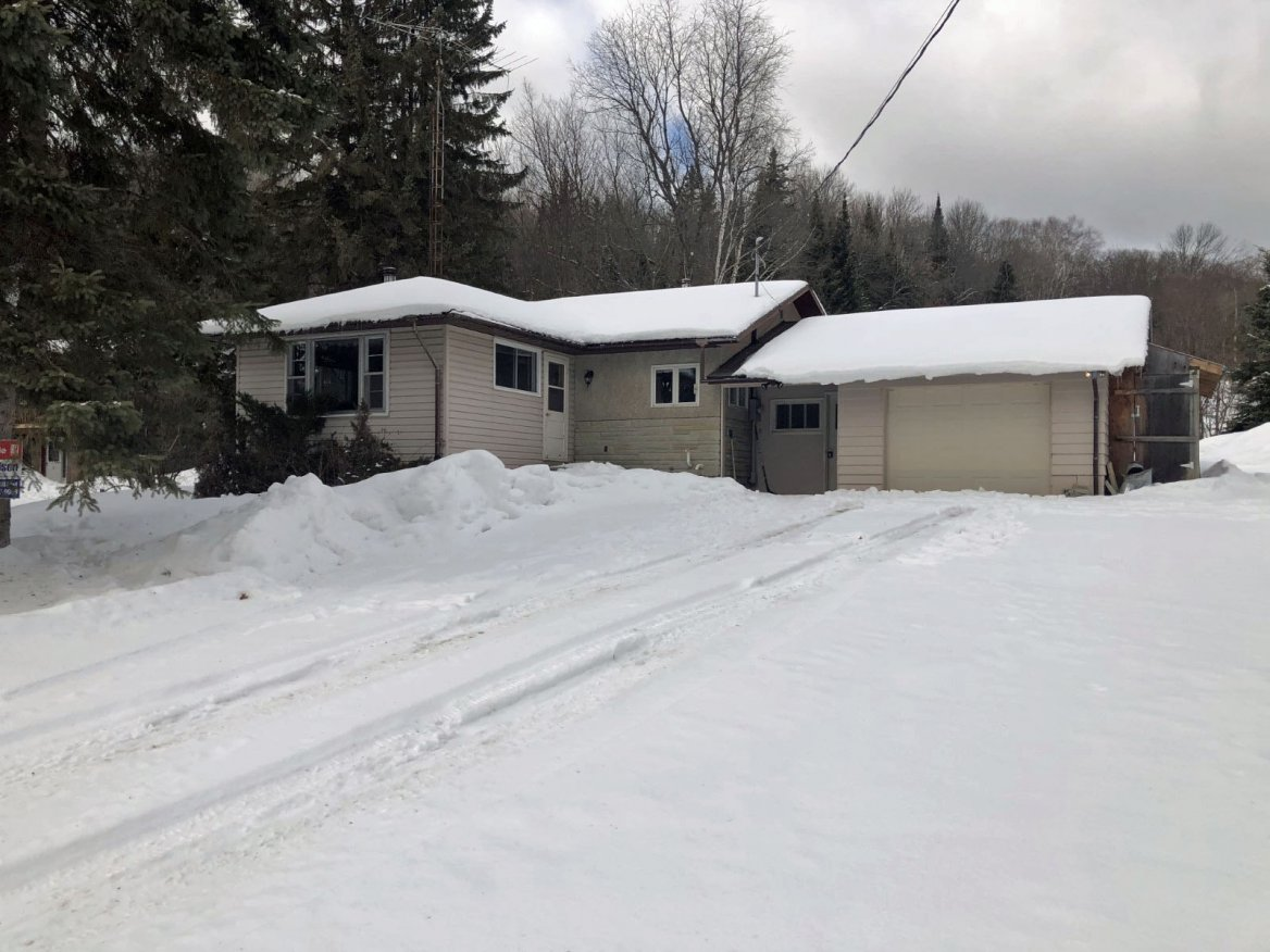 2473 North Shore Road, Haliburton