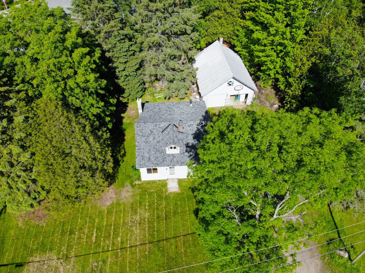 46 Eastern Ave, Haliburton