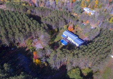 1122 Blairhampton Road, Haliburton County thumbnail