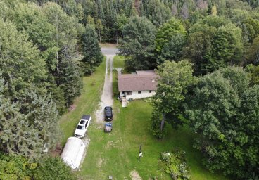 1135 Lochlin Road, Haliburton County thumbnail