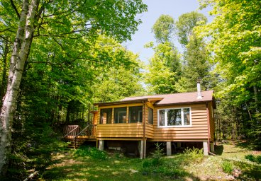 1231 West Settlement Road, Haliburton - West Lake thumbnail