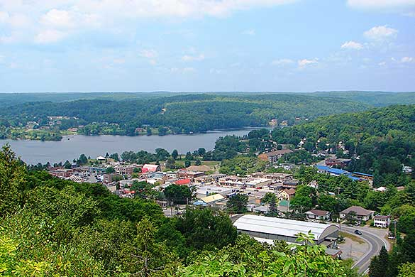 photo of Haliburton from Skyline Park lookout